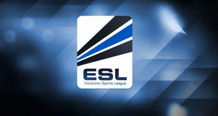 Facebook будет транслировать киберспортивные турниры ESL