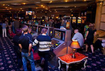 Казино красная москва с играть в бесплатные игры в игровые автоматы