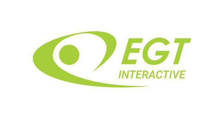 Юлия Пеева (EGT Interactive) приняла участие в церемонии награждения на конференции CEEGC