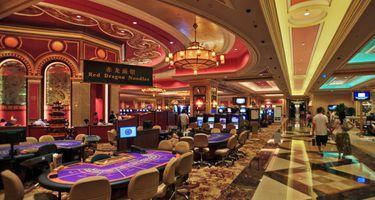 обычных оффлайновых казино разыгрывает слишком много рук онлайн покер румах