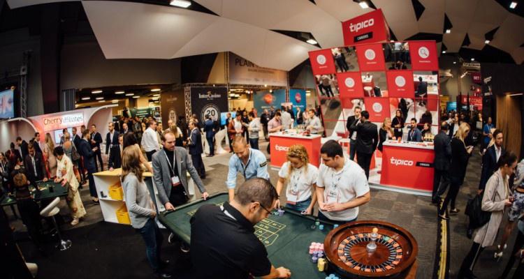 SiGMA снова проведет конкурс стартапов Startup Pitch