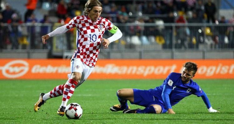 Букмекеры прогнозируют результаты матча плей-офф между Хорватией и Грецией