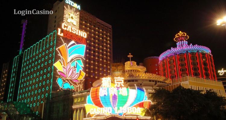 Макао вновь открывает двери казино после тайфуна Мангхут