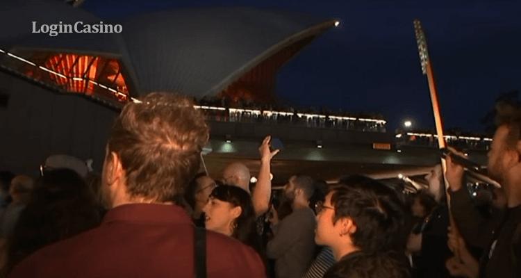 В Сиднее реклама скачек вывела жителей на улицы