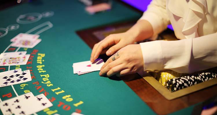 Также сильно пострадало наземное казино
