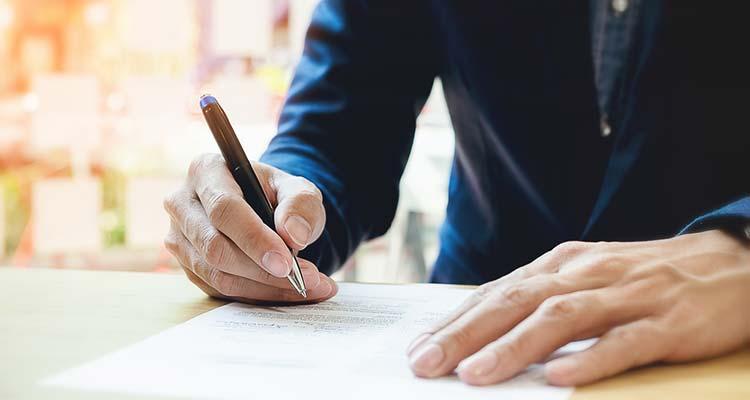 любой ФЛП может подписать договор аренды гостиничного комплекса