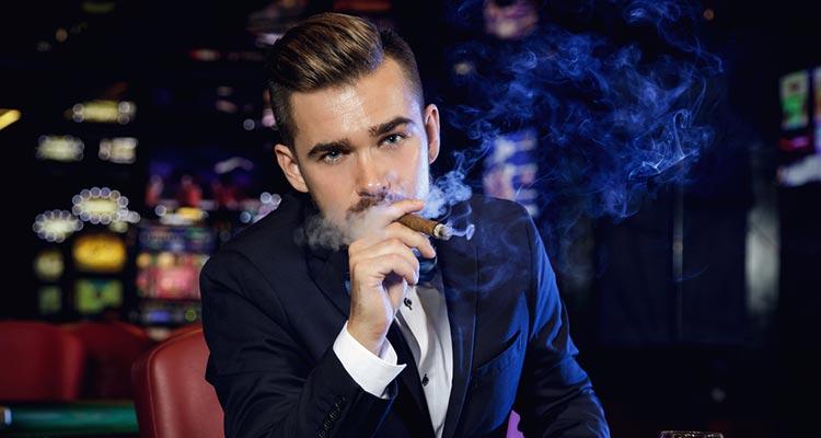 В стране существует около 1000 казино и небольших игорных заведений для некурящих