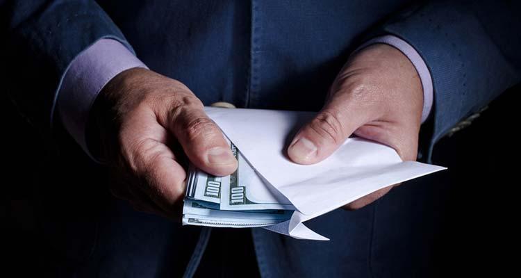 Меры введены в рамках борьбы с отмыванием средств через платформы азартных игр.