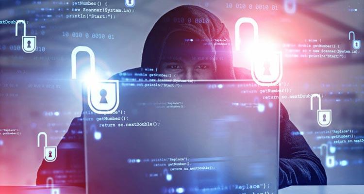 база данных пользователей была извлечена хакерами
