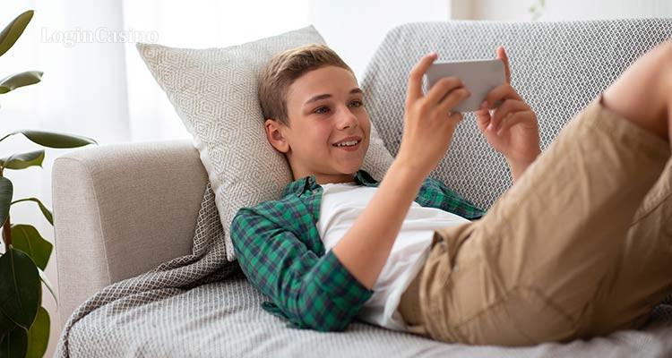 Microsoft добавила в приложение Xbox семейный контроль за расходами детей